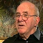 [Picture of Clive James]